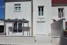 Seuils de porte et porte-fenêtre pierre béton, modèle Tradition / Seuils de porte et porte-fenêtre en pierre reconstituée ou béton préfabriqué, modèle Tradition; seuil porte traditionnel, seuil porte-fenêtre béton préfabriqué.