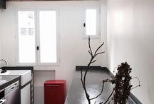 Plans de travail en béton ciré / Sur un plan de travail neuf ou en rénovation, le béton ciré Marius Aurenti assure l'esthétique et le pratique. A assortir avec une crédence ou un sol... 71 couleurs au choix.