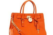 purses..... / by Jennifer Bodie