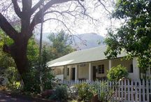 Fountain Baths Guest House / Nestled at the foot of the breathtaking Mkonjwa Mountain Range in the quaint mining town of Barberton, you'll find Fountain Baths Guesthouse.   http://www.go2global.co.za/listing.php?id=844&name=Fountain+Baths+Guest+House