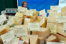 The crumbly cheese / Hebden Food Market