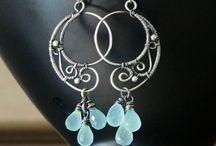 Wire jewellry