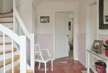 Hallway & Entrance / Flur & Eingang