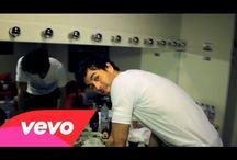 Enrique Iglesias Videos