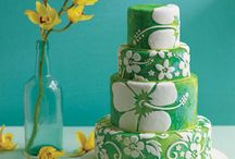 Too pretty to eat / Cakes, cupcakes, cookies, beautiful food and beverages artistically prepared.  / by Designome