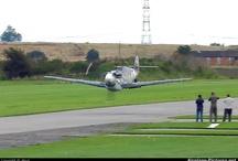 Aeroplanes Low Passes