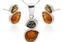komplet biżuterii z bursztynem