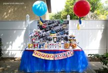 Comic Book Superhero Party   Ideas, Decorations and Inspiration / Comic Book Superhero party ideas, including party decorations, comic book superhero themed sweets and treats, printables and party activities.