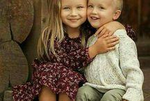 testvériség