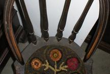 old hook rugs / by Cindy Yonkers Tutwiler