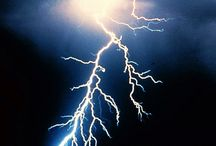 Lightning / by Letty Beerly