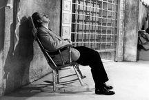 W i dormiglioni / Dormire un'ora in più fa bene alla salute! Lo dice una recente ricerca scientifica e quindi... Buon riposo a tutti!
