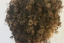 cabelos cacheados (ideias)