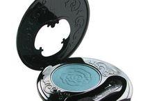 Eye Shadow / Eye shadows from top designer brands such as Benefit, Calvin Klein, Mac, Anna Sui & YSL to name a few.