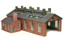 00/H0 Scale Railway Buildings / Our range of railway buildings and platforms