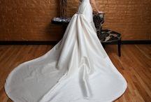 Wedding Gowns / by Brenda Resendiz