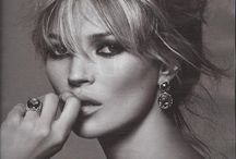 peter lindbergh -PHOTOGRAPHER / Soft, portrait style photography, simplistic, showing the beauty of the model.