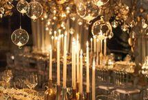 Tischdeko Silvester / Lasst die Korken knallen! Wir haben für eure Silvesterparty die perfekte Tischdeko ausgesucht. Glitzernd, funkelnd und auch elegant darf es zu diesem Anlass sein. Schaut mal rein! :-)