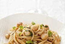 Pasta Party! / Les pâtes dans tout leurs états! / All pasta,  enjoy the perfect meal !  Des pâtes pour un repas équilibré, simple ou élaboré, végétarien ou carnivore. / by Anne Demay