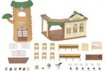 Sylvanian Families Wiejska szkoła na drzewie / Wyjątkowe zabawki dla dzieci marki Sylvanian Families