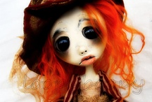 Clay Creations / The amazing art of sculptured dolls