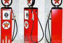 Surtidores de Gasolina Retro / #Surtidordegasolinaretro #thecrazyfifties #decoracionretro #mobiliarioretrodineramericano
