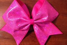 Bows we LOVE / A collection of favourite bows we have found! #panthercheer