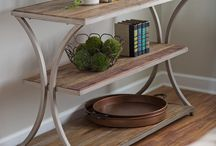 Console Tables - Table Top Trends and Styles / Most popular console table styles and trends.
