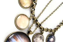 Holiday Gifts for Her / Nerdy gift ideas for all the ladies out there!