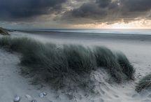 il mare  la sabbia  le nuvole  e.....