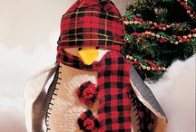 Warm & Cozy Winter Crafts / Festive crafts and inspiration to warm you up during those chilly winter months!  / by Country Woman Magazine
