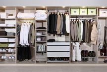 Walk in closet / Walk in closet on jokaisen unelma. Pukeutumiselle suunnitellussa tilassa vaatteita on helppo pitää järjestyksessä arjessa sekä kiireessä. Inaria-järjestelmän monipuolisuus pääsee myös oikeuksiinsa vaatehuoneen reilussa tilassa.  Tarvitsetpa juuri 2431 millimetrin levyisen tai muun kokoisen säilytysratkaisun, unelmiesi kokoisen tuotteen löydät Inarialta.