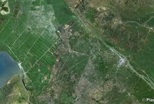 Agriculture / Land art, design, fields... Check out PlanetObserver favorite satellite images of Agriculture.  www.planetobserver.com