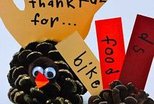 Giving Thanks / What's better than being thankful?  Thanksgiving is one of my favorite holidays and I'm grateful that I can make crafts to enjoy eating an enormous amount of turkey, gravy, potatoes of all kinds and show my children how blessed they are.
