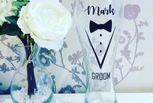 Groom and groomsmen gifts / Perfect gifts for the important gents of your wedding. Groom boxes, groom glasses, and other accessories.