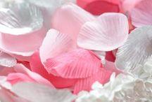 Déco pink rose fuchsia idées / Déco pink rose fuchsia idées, Déco de table pink rose fuchsia avec pointe de couleur, déco festive pink rose fuchsia, décoration, cupcake, recettes, déguisement rose, déguisement pink, déguisement fuchsia, masque pink, perruque pink, accessoires pink et rose bouquet de fleurs...