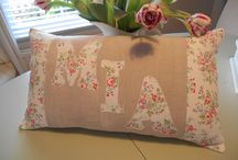 'Mia Cushion / Gorgeous Cath Kidston Chelsea Rose /French Linen Fabric,Personalised Cushion