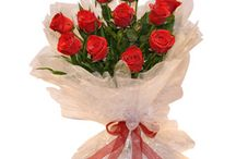 Flowers to Delhi / Get best flowers delivery in Delhi. This collection help you to choose the right one floral arrangement online.