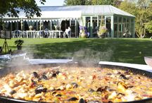 Vamos Paella wedding catering / Create food theatre at your wedding and give your guests a street food festival experience with Vamos Paella's tapas and paella catering