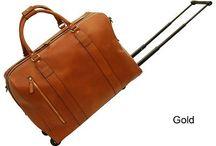 Nahkaiset matkalaukut