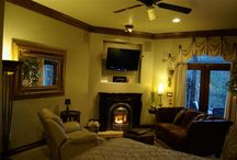 Our Rooms / Arrowhead Manor has multiple rooms and suites! Every one a little different than the next! Our BnB is the perfect setting for a romantic getaway in the Colorado Mountains, while still being close to Denver.