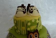 cute cakes / by Lisa Miller