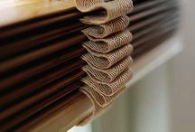 Herfst! / Het is herfst, dus de avonden worden weer kouder en donkerder. Pas uw interieur aan en creëer zo knusse herfstavonden! Raamdecoratie speelt een belangrijke rol in uw interieur.