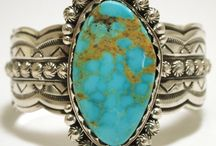 Jewels that should be mine / by Fina Meraz