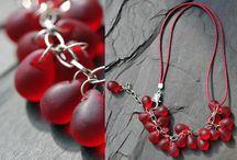 Necklaces - Náhrdelníky