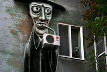 ART - Spontaneous Street Art / by Adriana Contreras