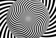 Crazy illusions / This is so weird u have to do it