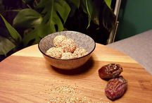 Bliss balls / Bliss ball recepten. Gezond snacken met energieballetjes!