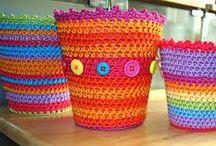 Flowerpots - Crochetrelated / Crochetwork and patterns I've found online.