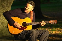 Acoustic Guitarist : Tommy Emmanuel